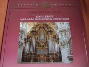 Edgar Krapp spielt auf der Kirchenorgel zu Passau